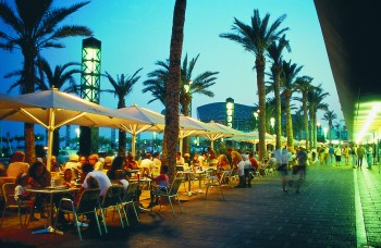 Barcelona beach restaurants